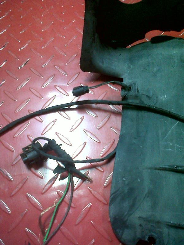 [SCHEMATICS_4FD]  fog lamp/ambient temp sensor harness issues | Mercedes-Benz Forum | Mercedes Benz C280 4matic 2007 Side Markers Repair Wire Harness |  | BenzWorld.org