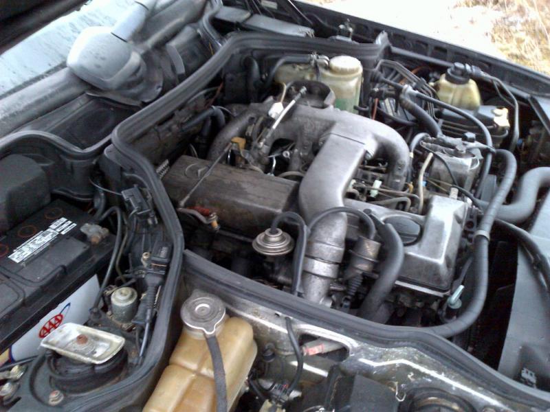 FS: 1992 W124 Diesel Toronto-img-20120203-00073.jpg
