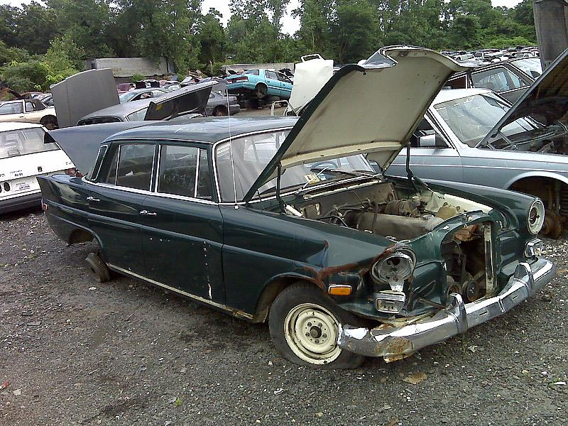 junkyard amg view class benz and motor side mercedes reviews m rating suv cars matic trend