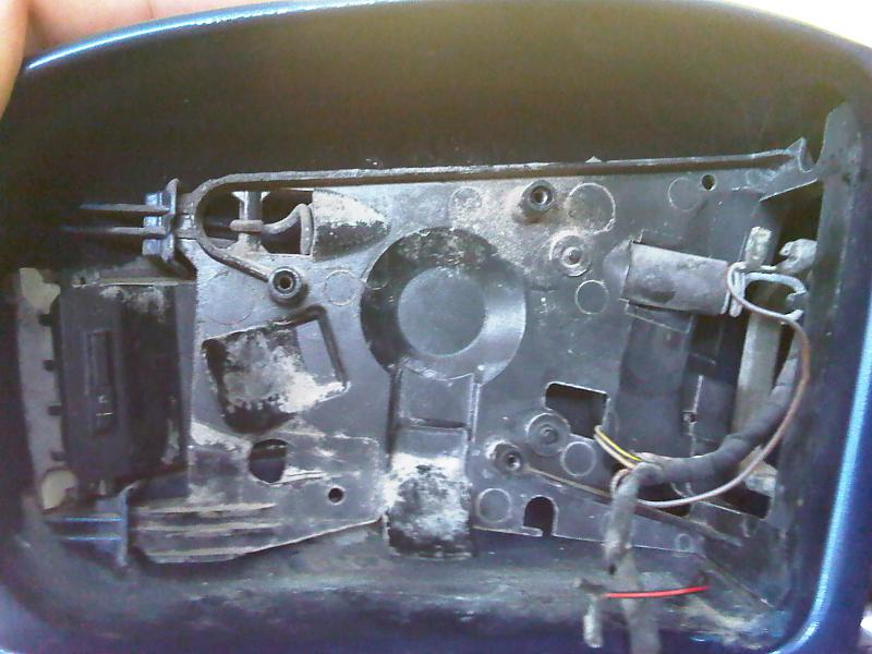 how to change the side mirror light signal-img00046-20100409-1549.jpg