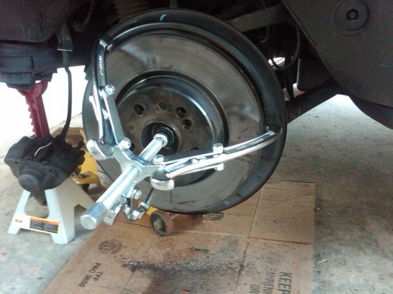 Mercedes Benz S Lug Stuck