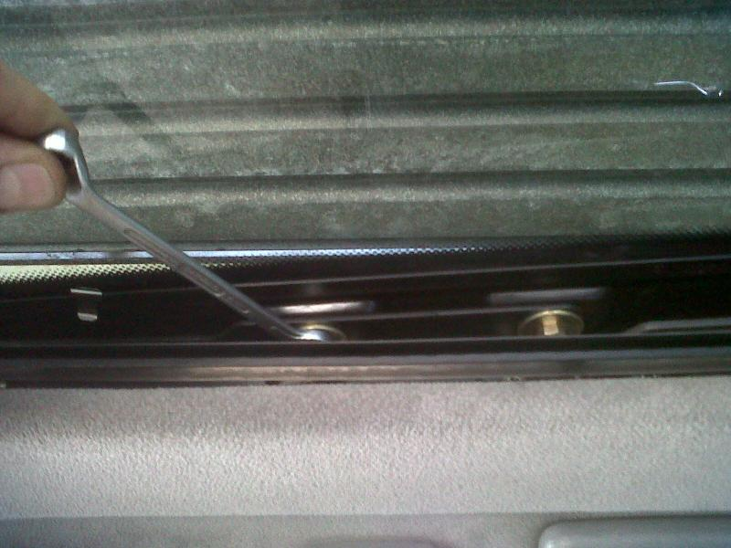 DIY - W140 Sun Roof Resotoration / Repair / Service / Dismantle (ALL PICS)-img01358-20110922-1115.jpg