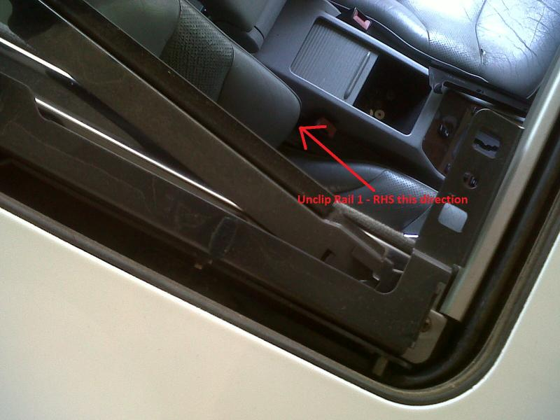 DIY - W140 Sun Roof Resotoration / Repair / Service / Dismantle (ALL PICS)-img01364-20110922-1122.jpg