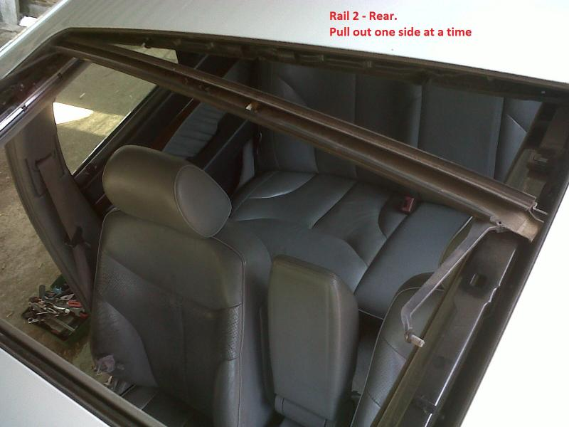 DIY - W140 Sun Roof Resotoration / Repair / Service / Dismantle (ALL PICS)-img01371-20110922-1127.jpg
