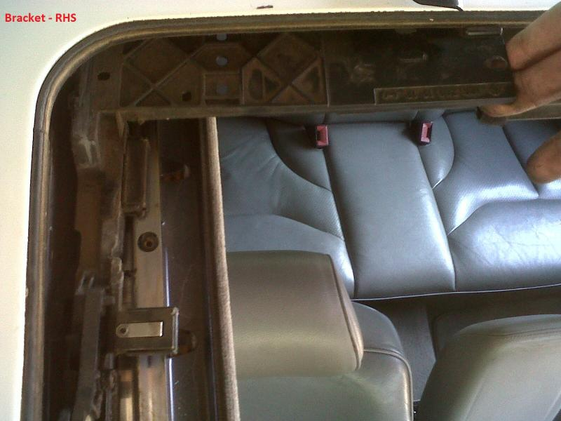 DIY - W140 Sun Roof Resotoration / Repair / Service / Dismantle (ALL PICS)-img01398-20110922-1213.jpg