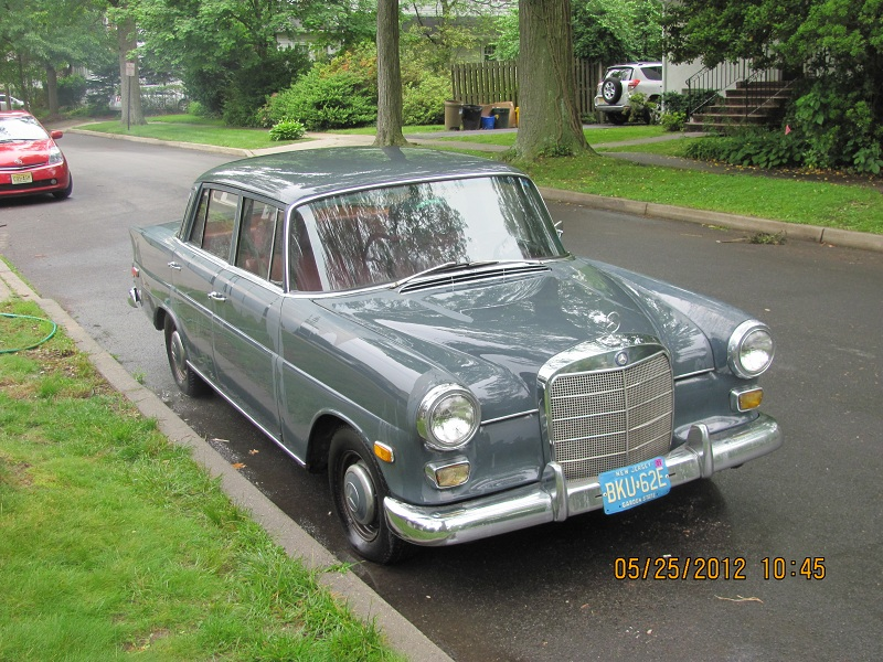 1968 Mercedes 230 Fintail (W110 4 door sedan)-img_0001.jpg