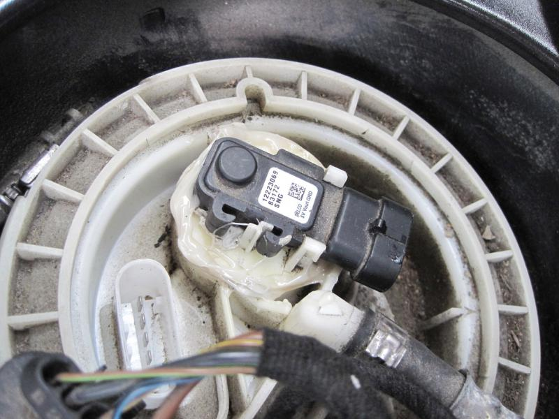 For Mercedes W203 W209 W211 W219 CLS500 Fuel Tank Sender Wiring Harness GENUINE