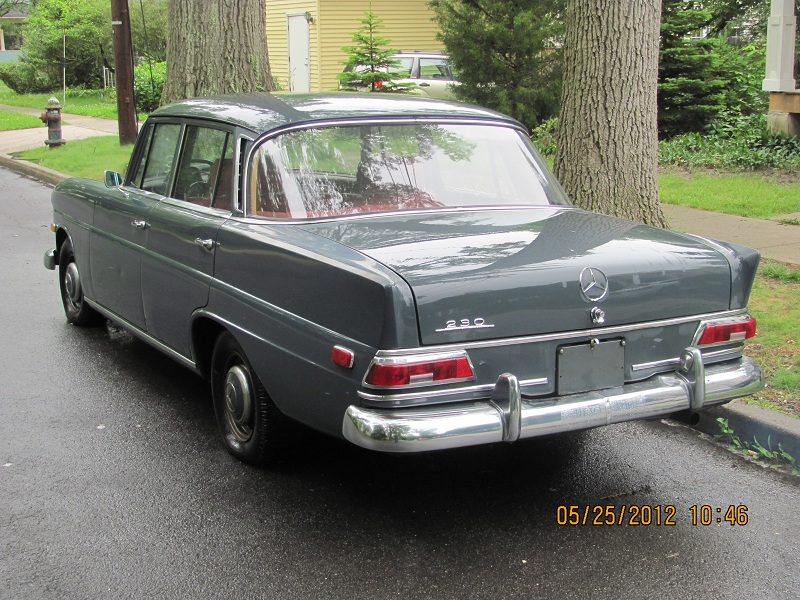 1968 Mercedes 230 Fintail (W110 4 door sedan)-img_0005.jpg
