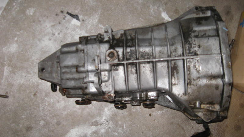 w123 5 speed manual gearboxes-img_0049.jpg