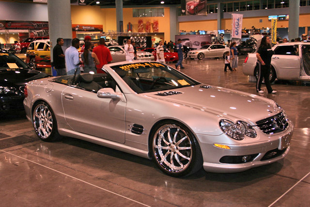 bigger wheels and tires on a sl500 mercedes benz forum. Black Bedroom Furniture Sets. Home Design Ideas