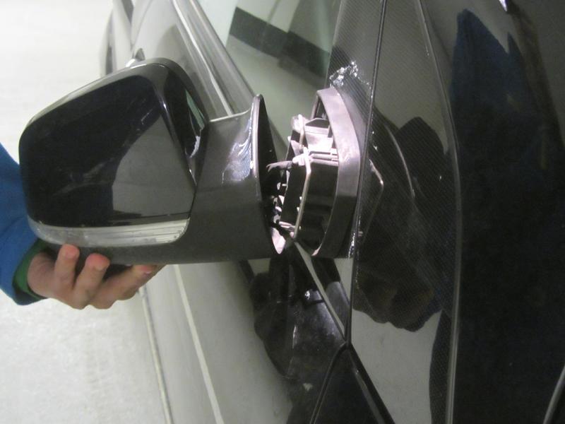 Side View Mirror Repair >> Re-attaching B200 Side Rear View Mirror? - Mercedes-Benz Forum
