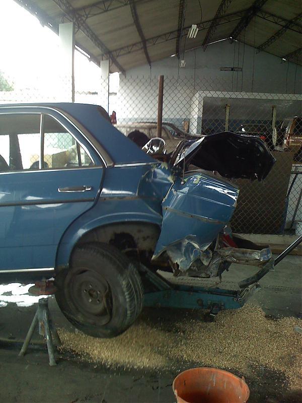 W123 Crash Pics Mercedes Benz Forum