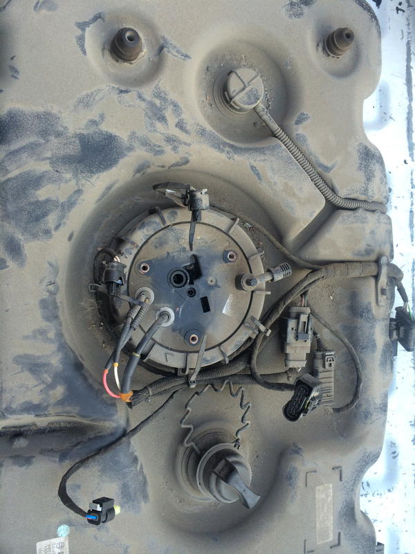 Mercedes R320 BlueTec AdBlue Tank Heater Replacement Fault Code 203D17-img_0730.jpg