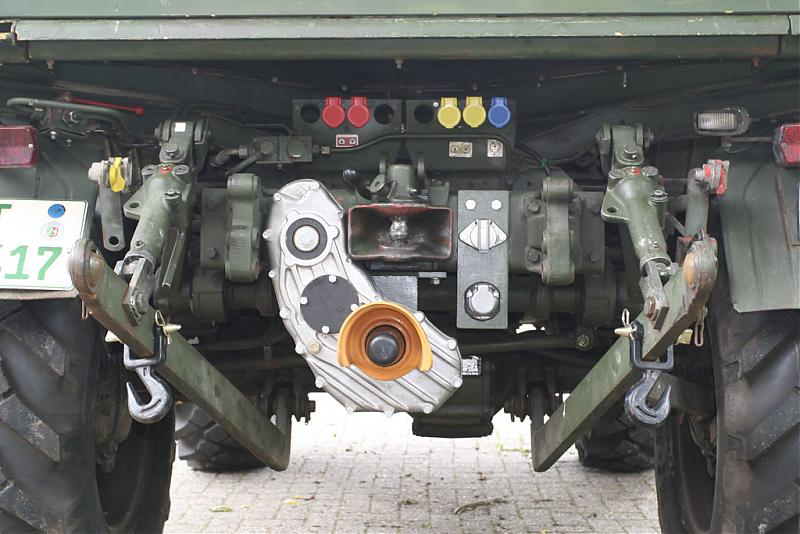 Mercedes Benz Unimog >> Case 3 point hitch install - Mercedes-Benz Forum