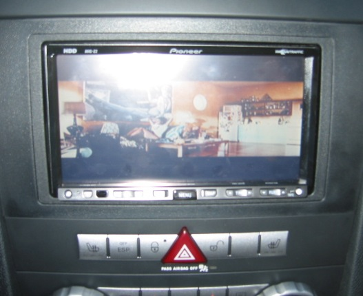 Pioneer AVIC Z2 installed - Mercedes-Benz Forum