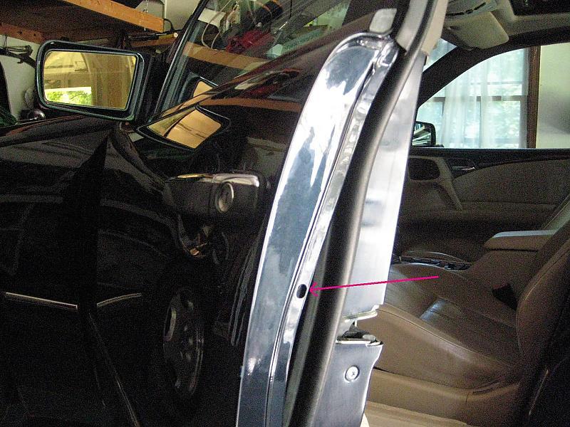 Help with removing door handle on 97 E320 Sedan... - Mercedes-Benz Forum