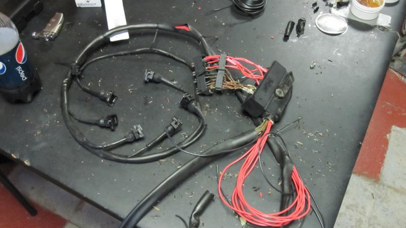 engine wiring harness rebuild service for mercedes. Black Bedroom Furniture Sets. Home Design Ideas