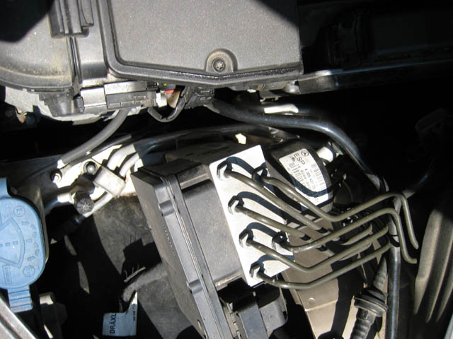 Which Is The Low Pressure Port C230 2005 Mercedes Benz Forum
