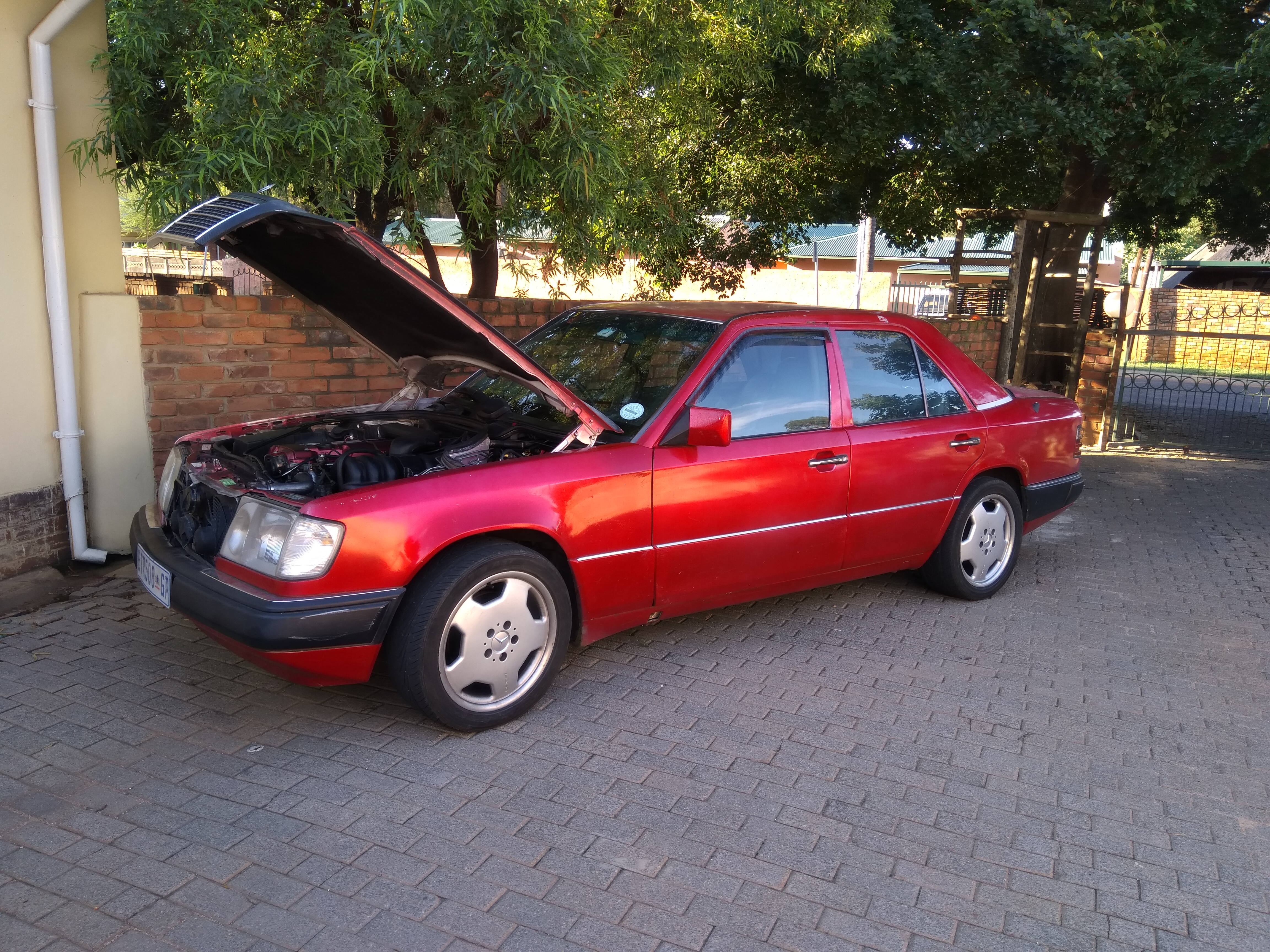 W124 Manual Swap - BEAR WITH ME PLEASE - Mercedes-Benz Forum