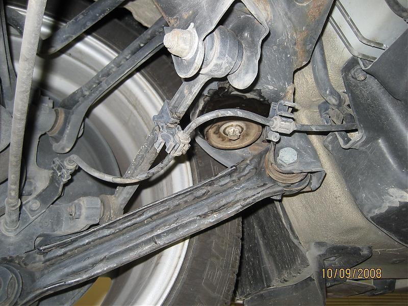 Pictures Leaking Rear Subframe Mount Help Ohlord