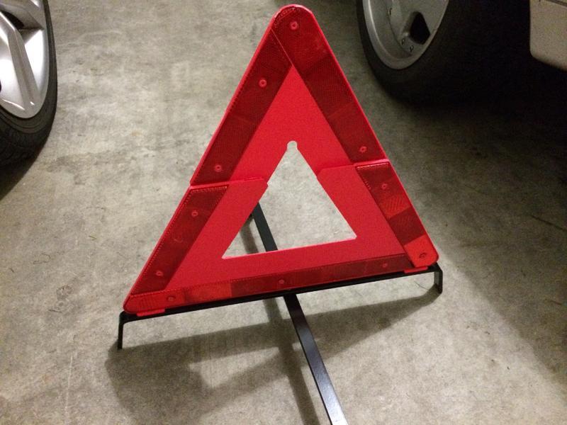 SafeTravel SVBI//P1//WT Hazard Warning Triangle