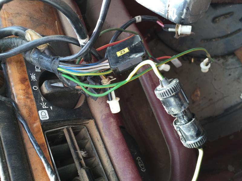 1983 380SL cluster wiring question. - Mercedes-Benz Forum on