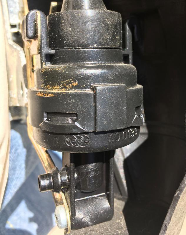 Diy On W210 Rear Door Lock Actuator Replacement Page 5