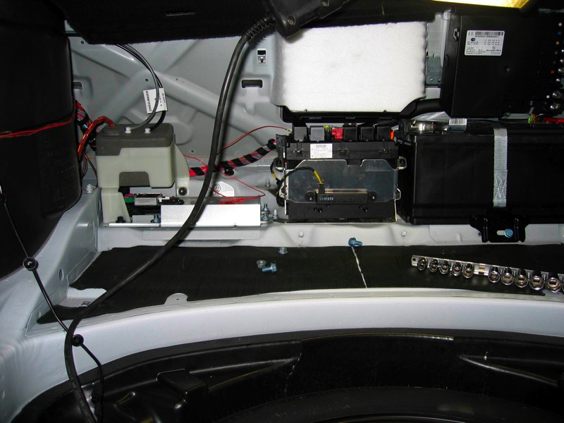 Mercedes Benz Seattle >> rear camera and trunk closer retrofitted. Pics here ...