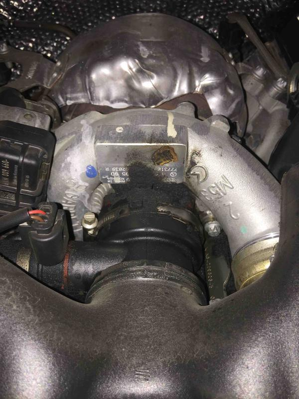 Om642 Bluetec Oil Leak Please Help Identify Mercedes