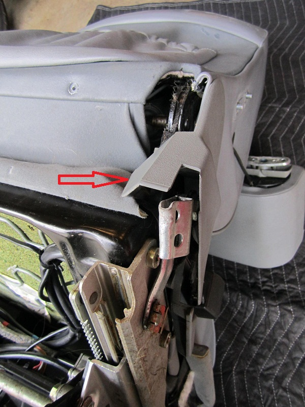 How to take apart a W124 Front Seat Tutorial - Mercedes-Benz Forum