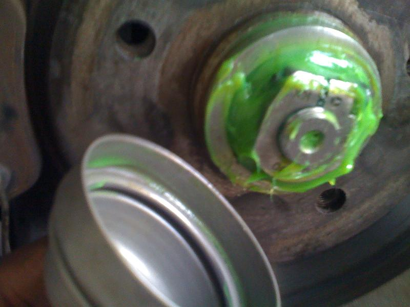 Front Wheel bearing replacement-insert-dust-cap.jpg
