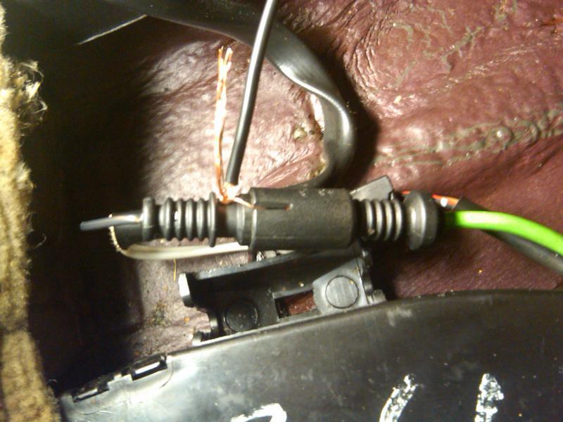 345592d1291524643 oxygen sensor lambda sensor voltage testing insert wire 3 e oxygen sensor lambda sensor voltage testing mercedes benz forum  at reclaimingppi.co