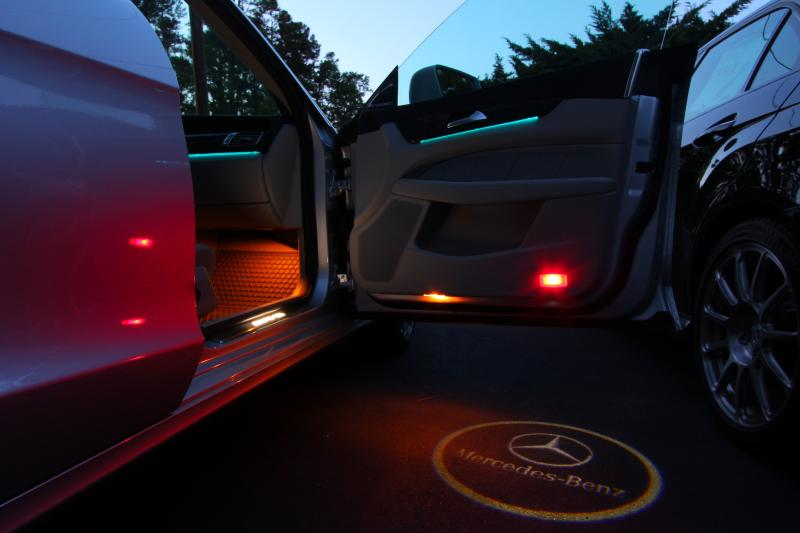 illuminate door sills out & illuminate floor in-led-benz.jpg