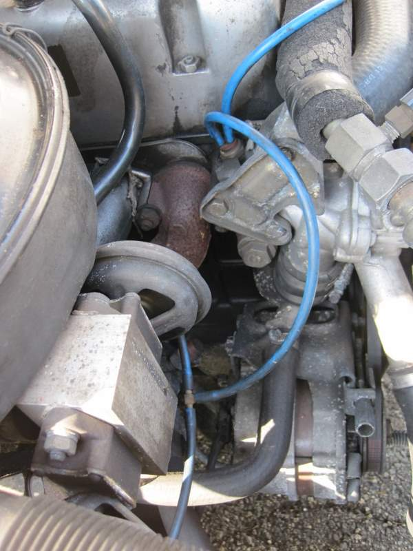 Do I have a om617 Turbo or N/A engine? Have pic  What difference