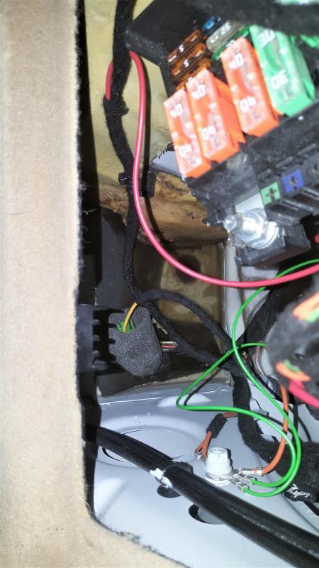 Water In Body Under Rear Fuse Box - Ml350