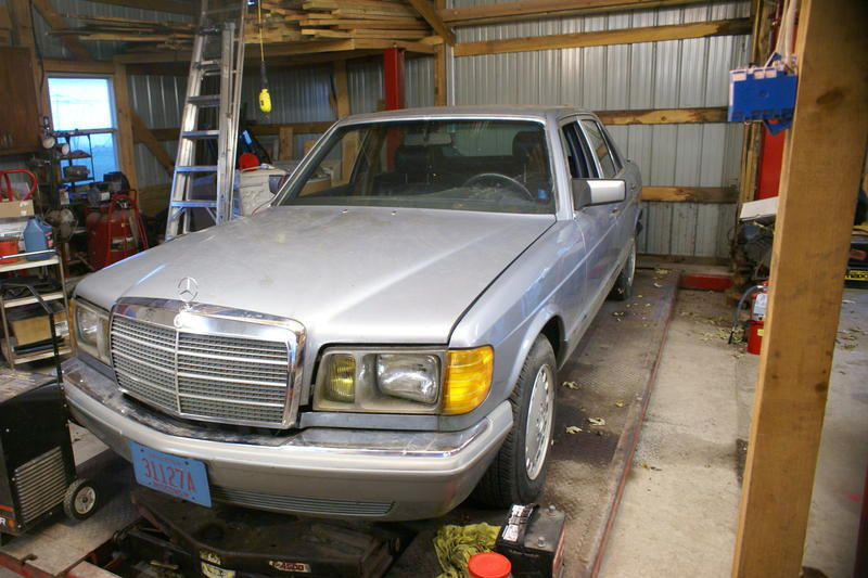 Giving up and selling W126-mb-2.jpg