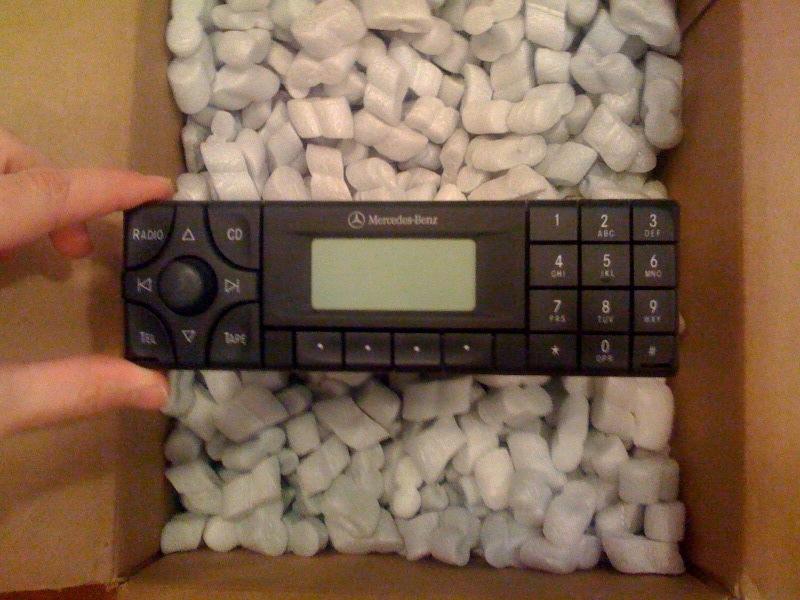 Radio for sale from my 2001 SLK 320-mb-head-1.jpg