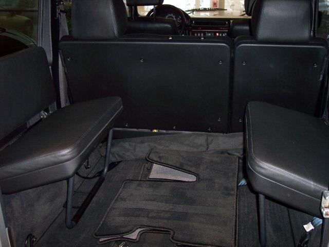mercedes benz gelndewagen g class w463 jump seats 3jpg - Mercedes G Wagon 3rd Row Seat