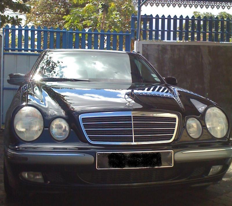 Yashwant from Mauritius E220 CDI (W210)-merco-w210.jpg