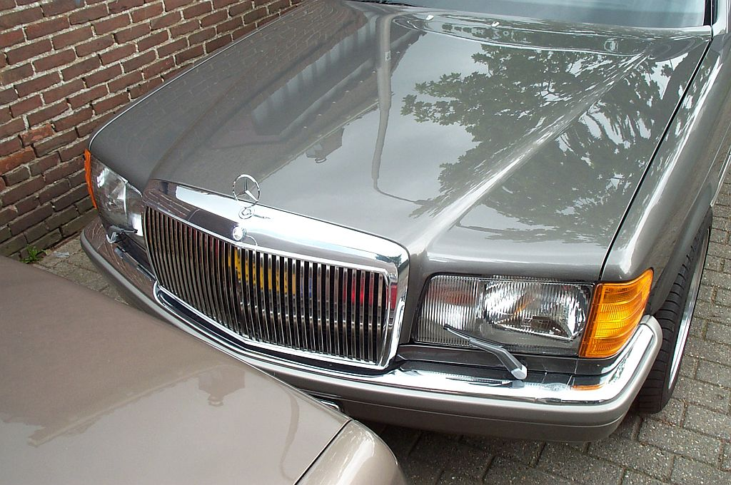 MBUSA CDs and avantgarde grille-mijnauto21.jpg