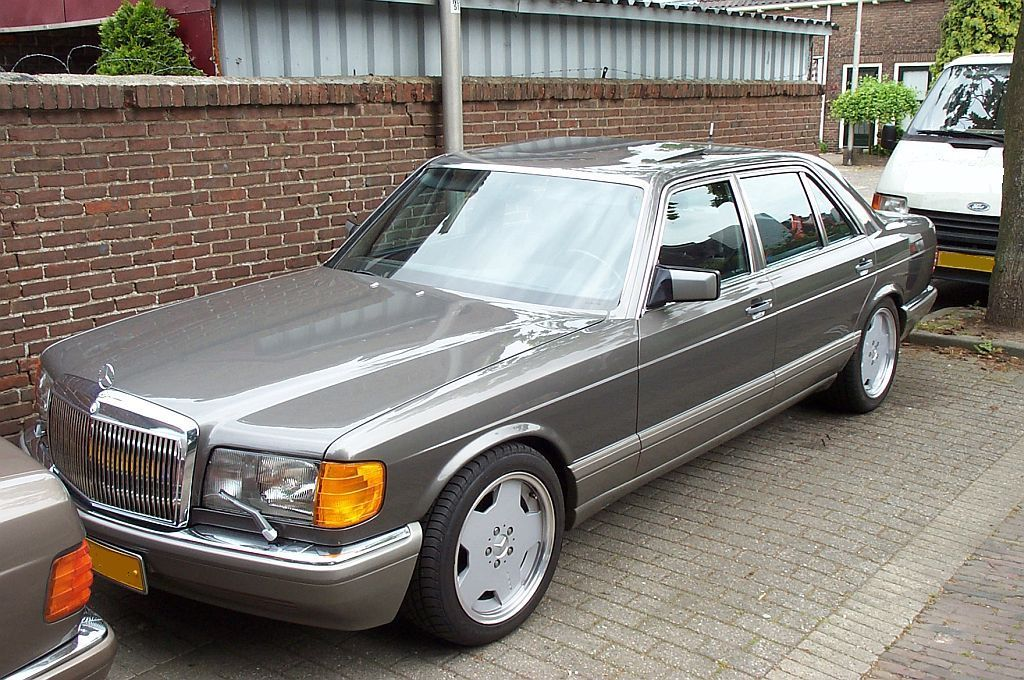 MBUSA CDs and avantgarde grille-mijnauto9ab.jpg