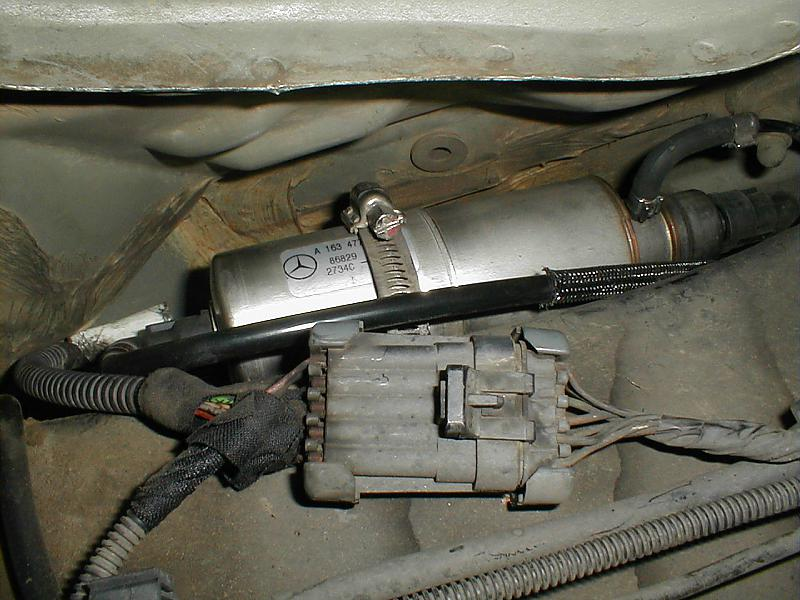 Looking for DIY fuel filter change on 99 ml320 | Mercedes-Benz Forum | 99 Ml320 Fuel Filter Location |  | BenzWorld