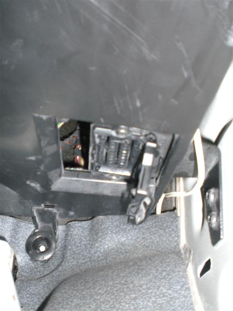 Where is the OBDII port w639 - Mercedes-Benz Forum