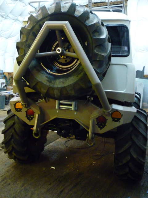 Gnarly looking rear of old Pace Unimog/Uniburban ...