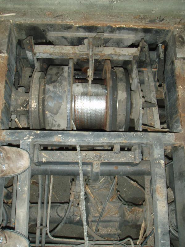 veritable mine d'or d'unimog en Alaska - Page 3 505276d1364500369t-416-doka-restoration-customization-p8150492