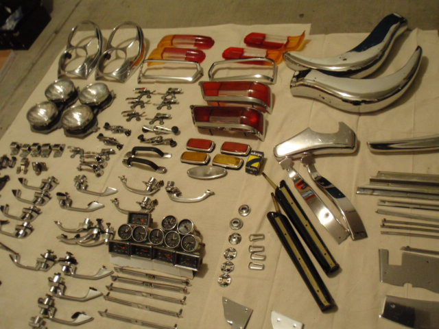 Fs Vintage W113 W121 Parts M189 Make Offer Mercedes