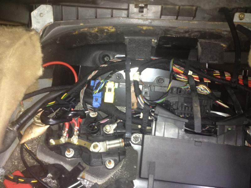 Jump Start W140 From The Pssenger Seat Floor With Photos