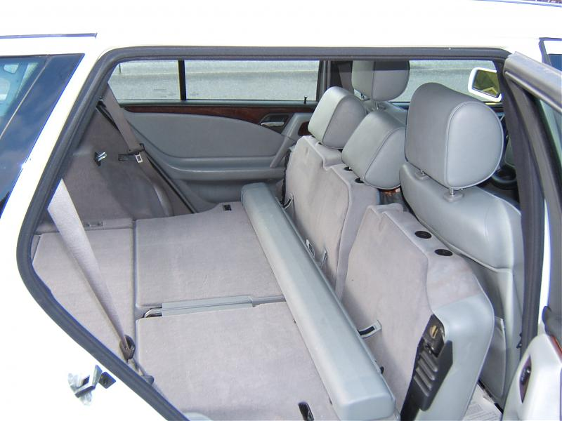 click image for larger version name picture 332jpg views 4101 size - Mercedes G Wagon 3rd Row Seat