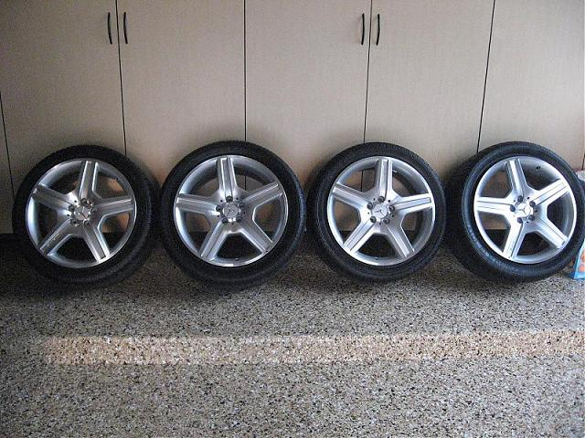 Mercedes s550 19 amg wheels tires new mercedes benz forum for Mercedes benz amg rims for sale