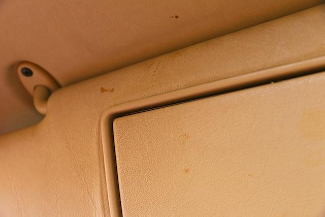 Just how tough is a Mercedes? Rhino hide tough!-post-021-1-.jpg